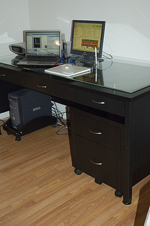 Desk1resize